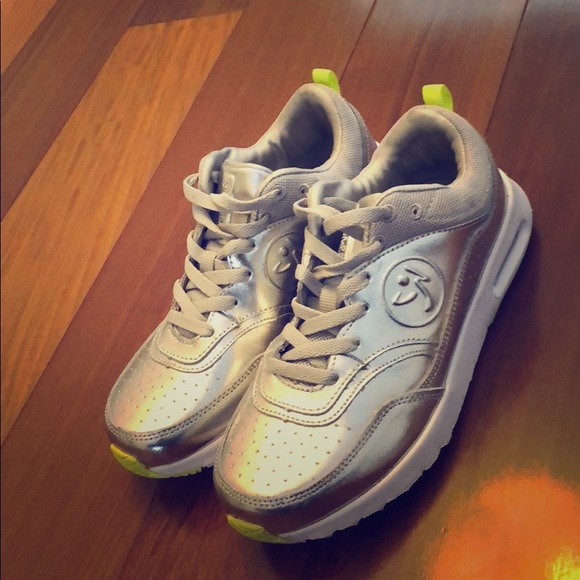 Zumba Air Classic Sneakers Silver Never